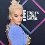 El moño desecho de Rita Ora