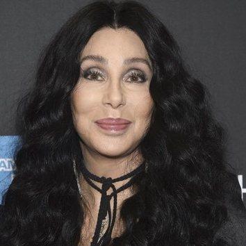 Las pestañas XL de Cher