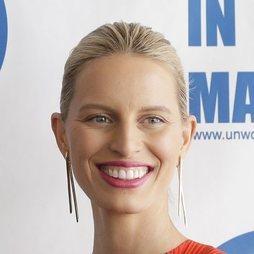 La sonrisa es la gran aliada de Karolina Kurkova