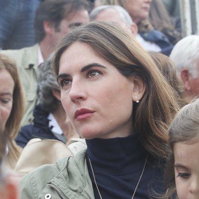 Lourdes Montes escoge un beauty de lo más sencillo