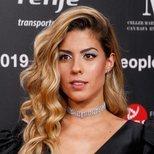 Miriam Rodriguez recurre al brillo en su último beauty look