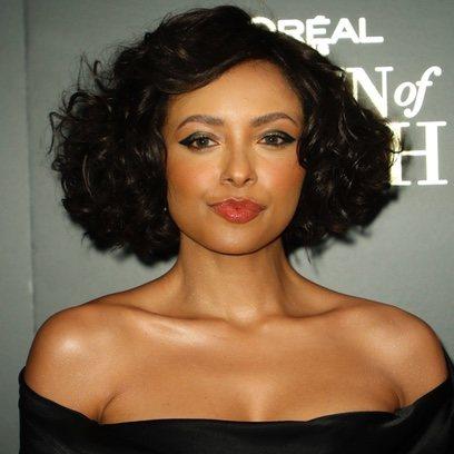 Kat Graham demuestra que los peinados clásicos siguen siendo tendencia