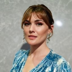 Marta Nieto apuesta por el rosa en su beauty look