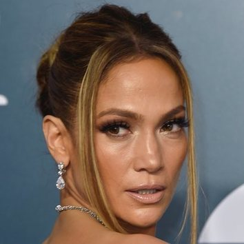 El look effortless de Jennifer Lopez para la alfombra roja