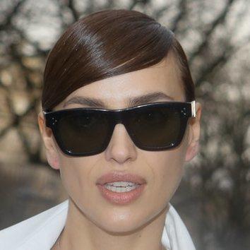 Irina Shayk recupera el flequillo de la adolescencia de los primeros 2000