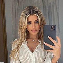Oriana Marzoli luce un beauty look de lo más cañero