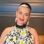 Katy Perry se echa años encima