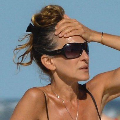 Sarah Jessica Parker se pone cómoda en la playa