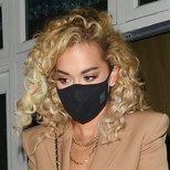 Los rizos de Rita Ora