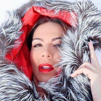 El rojo pasión de Tamara Gorro para la nieve